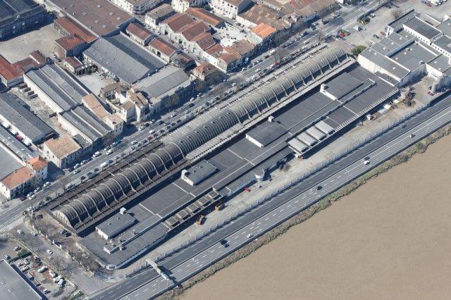 http://api-photo.fr/images/phocagallery/bordeaux/bordeaux-2011/belcier-saint-jean-2011/thumbs/phoca_thumb_l_IMG_0547.jpg